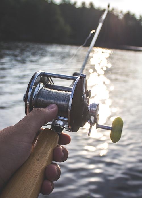 Baitcasting reel and rod.